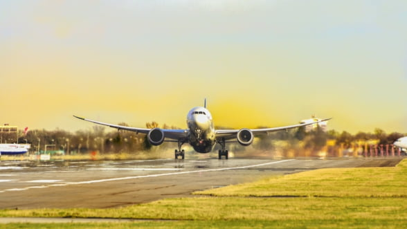 Prima companie aeriana care intra in faliment din cauza epidemiei de coronavirus