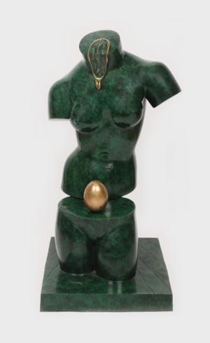 Prima licitatie Salvador Dali din Romania include o sculpura de 12.000 euro