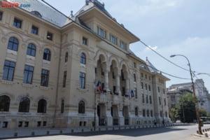 Primaria Capitalei a aprobat scaderea bugetului cu 608 milioane de lei: Se taie de la strazi, scoli si chiar si de la biserici