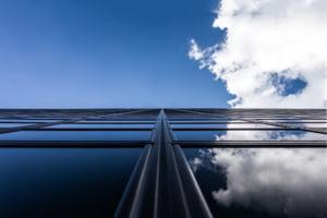 Primaria Capitalei i-a dat unda verde lui Videanu sa faca zgarie-nori cu 35 de etaje. Proiectul este contestat si ridica semne de intrebare
