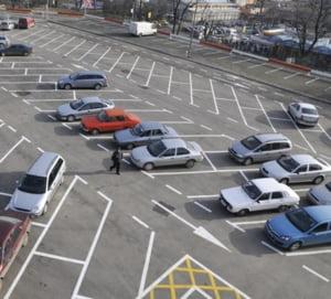 Primaria Capitalei va incerca revenirea la vechile taxe pentru parcare