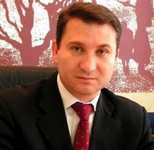 Primarul Bacaului, condamnat la trei ani de inchisoare cu suspendare