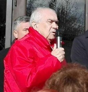 Primarul PSD din Targu Jiu i-ar fi santajat pe rromi ca sa se asigure ca-l voteaza acum la Senat (Video)