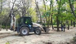 Primarul Robert Negoita s-a suparat pe bucurestenii care lupta sa salveze Parcul Brancusi: Sa nu va dea Dumnezeu ceea ce faceti!
