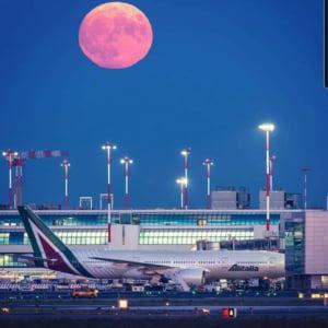 Primul aeroport din Europa in care oamenii se vor putea testa inainte de zbor pentru a evita carantina