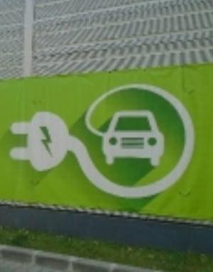 Primul oras din lume care va instala sisteme wireless de incarcare a taxiurilor electrice
