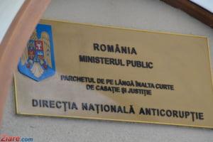 Procurorii DNA au ridicat pana la 3 dimineata documente de la sediul Consiliului Judetean Teleorman