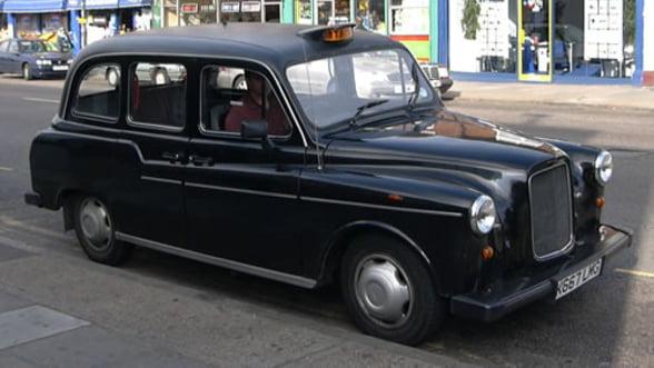 Producatorul faimoaselor taxiuri negre din Londra, preluat de chinezi