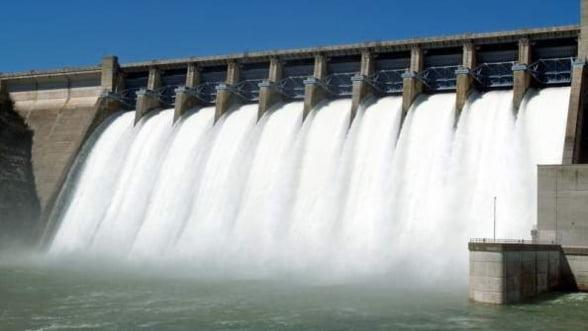 Productia de energie hidroelectrica si eoliana, in crestere