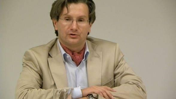 Profesorul concediat pentru ca a descoperit datoria Germaniei catre Romania, contrazis de BNR: Suma e mai mica