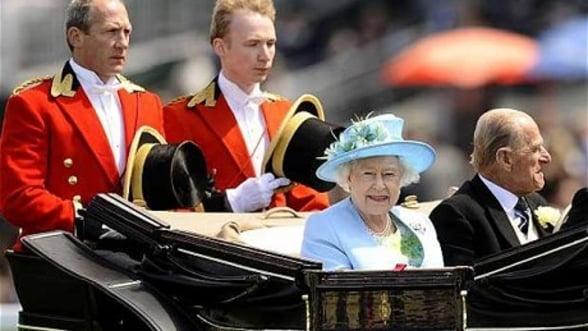 Profit anual record pentru afacerile Coroanei Britanice in 2012