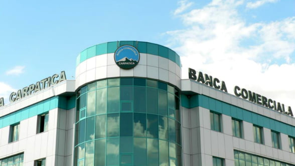 Profitul Bancii Comerciale Carpatica a scazut de aproape sase ori in acest an