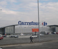 Profitul net al Carrefour a scazut anul trecut cu aproape 70%
