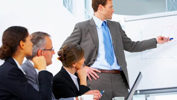 Prognozele managerilor de companii: Cresteri in industria prelucratoare, constructii si comert