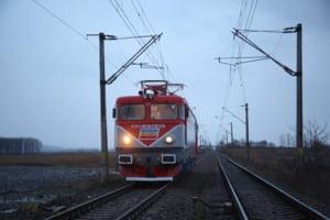 Proiect de peste 50 de milioane de lei, bani europeni, scos la licitatie de CFR. La finalizarea lucrarilor, trenul va putea circula cu 160 km/h