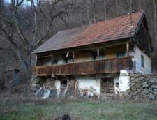 Proiect inedit: Cazare gratuita intr-o casa veche de 80 de ani din Muntii Apuseni