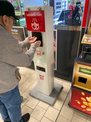 Protectia Consumatorului a controlat marile magazine: Ce masuri de igiena si ce restrictii au fost aplicate