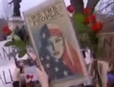 Protest la Casa Alba fata de decretul lui Trump antimigratie: Dragostea, nu frica. Ea reda Americii maretia!