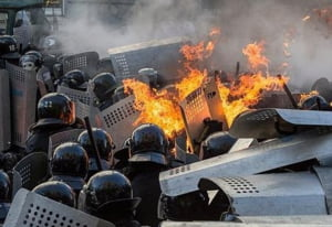 Proteste sangeroase la Kiev: 22 de morti, printre care si un jurnalist