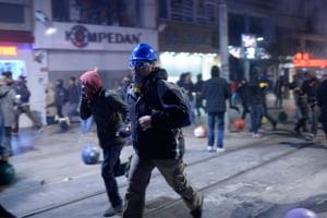 Proteste violente in Turcia: Manifestantii cer din nou demisia primului ministru