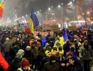 Protestele continua: O noua manifestatie va avea loc duminica, in Piata Universitatii si nu numai