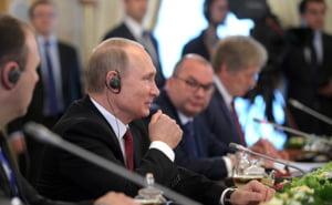 Putin: Statul rus nu a fost implicat in atacuri cibernetice, dar pot exista hackeri patrioti