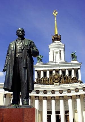 "Putin a promulgat legea prin care institutiile media occidentale din Rusia pot fi catalogate ""agenti straini"""