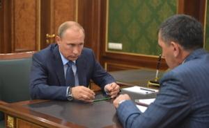 Putin le interzice rusilor sa zboare cu unele companii aeriene straine