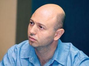 Radu Georgescu, Gecad: Jerry Yang a amestecat sentimentele cu afacerile. Yahoo! are de pierdut