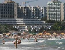 Raducan (FPTR): Litoralul romanesc va fi cu 5 - 8% mai scump, in 2014, iar 70% din hoteluri sunt de vanzare