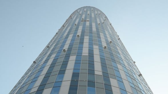 Raiffeisen Bank si-a mutat sediul central in Sky Tower din nordul Capitalei