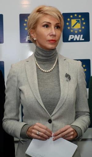 Raluca Turcan: Guvernarea PSD-ALDE si-a asumat incalcarea Tratatului de Aderare a Romaniei la UE