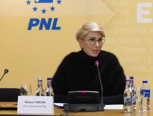 Raluca Turcan: Pregatim angajari de raspundere care rezolva problemele tarii. Daca ne vor impiedica, mergem direct la anticipate