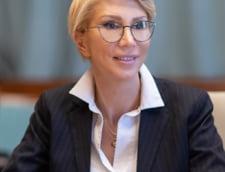 """Raluca Turcan, reactie dupa decizia CCR: """"Saboteaza functionarea statului"""""""