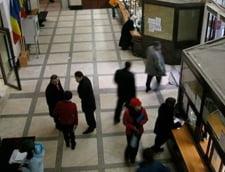 Raport: 300 de contribuabili la un angajat ANAF