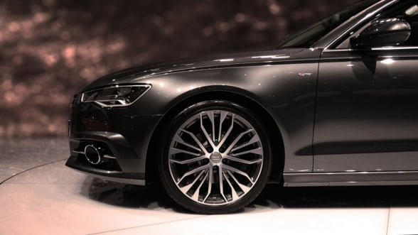Rasturnare de situatie pe piata auto interna: Se cumpara masini ca in vremurile bune