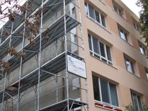 Reabilitarea termica: 61 euro/mp, la un bloc cu patru etaje