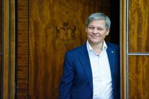 Reactia lui Ciolos dupa ce Dragnea a anuntat ca Guvernul PSD da bani pentru ranitii din #Colectiv