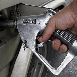 Recesiunea scade pre?ul benzinei