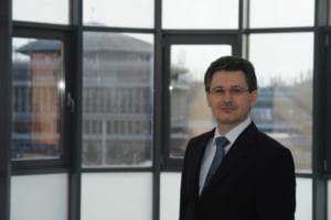 Rectorul de la Politehnica: Romania are nevoie de 400.000 de ingineri. Exista supraproductie de economisti, de absolventi de Drept