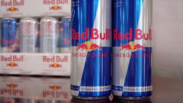 Red Bull, victima unui santaj. Infractorii acuzau ca bauturile contin bacterii fecale