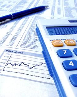 Refinantarea promite, dar nu reduce costul creditarii