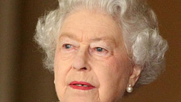 Regina Marii Britanii va adauga o tableta Samsung la Colectia Regala