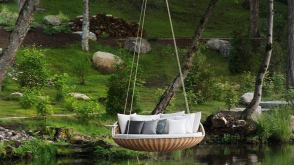 Relaxare la superlativ: Leaganul-pat, suspendat in gradina ta