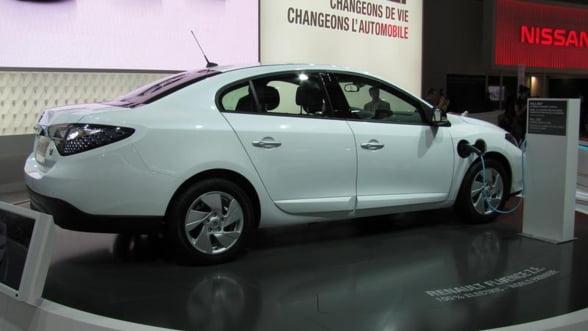 Renault si Nissan vor fuziona, vizand economii de peste 3,8 miliarde de dolari