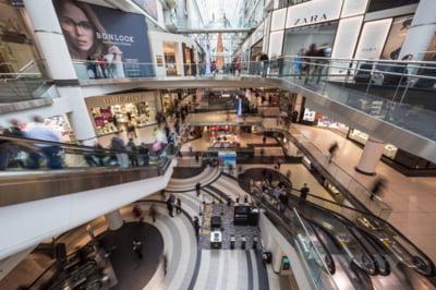Retailerii nealimentari din centrele comerciale ameninta cu boicotarea deschiderii magazinelor