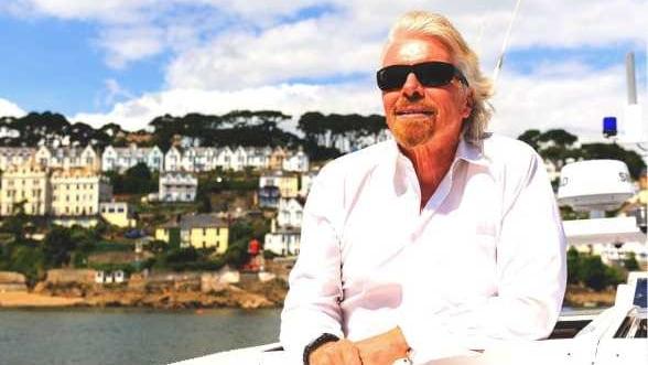 Reteta Richard Branson, un afacerist celebru care nu conduce afaceri