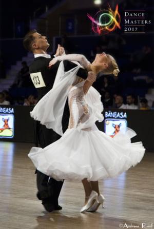 Revedeti stralucitoarele Gale DanceMasters la TV