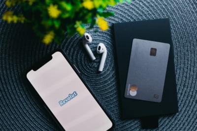 Revolut: 5 sfaturi pentru a face cumparaturi online in siguranta si a evita fraudele