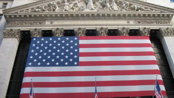 Rezerva Federala SUA reduce achizitia de obligatiuni si va incheia programul in 2014